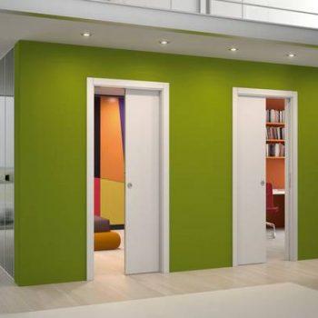 razdvijnye-dveri-garderobnaya-2